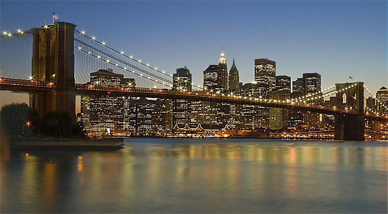 Puente_de_Brooklyn_nocturna_2