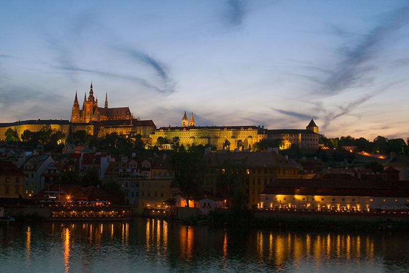 castillo_moldava-e2